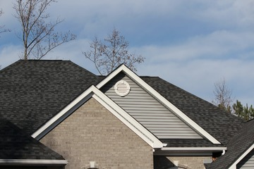 Rental Property Roof Maintenance Tips for Landlords 1