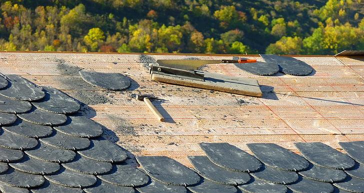 Rental Property Roof Maintenance Tips for Landlords 2